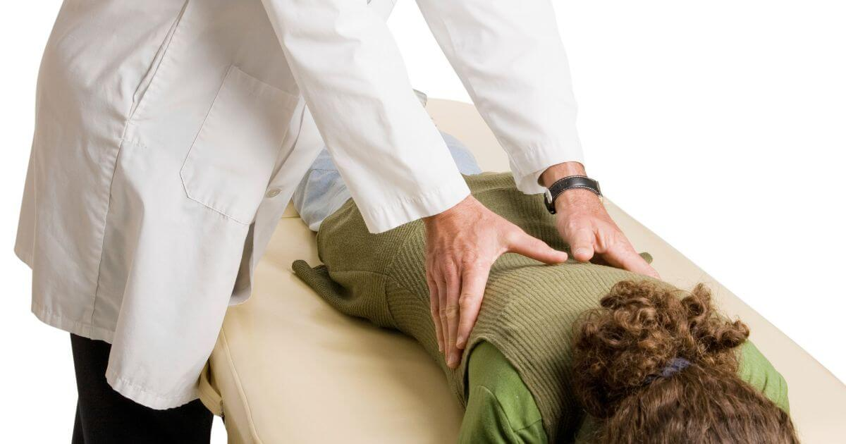 spine-chiropractic-adjustment